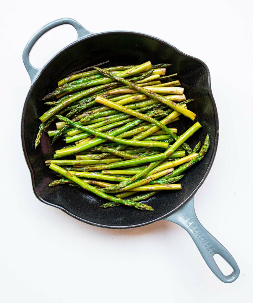 stovetop asparagus in a skillet